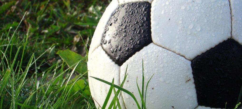 Fed underholdning for fodboldfans